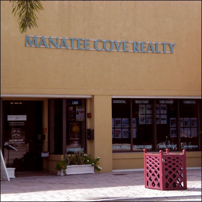 Manatee Cove Realty